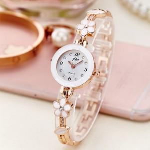 Women's Flower Fashion Quartz Watch - Golden