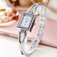 Girls Vintage Steel Strap Quartz Watch - Silver