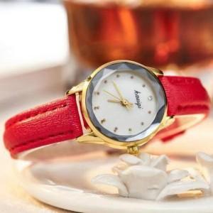 Ladies Fashion Electronic Quartz Watch - Red