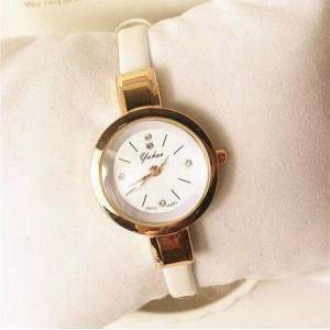 Ladies Fashion Strap Leather Quartz Watch - White