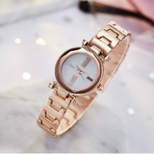 Simple And Stylish Steel Strap Ladies Watch - Golden