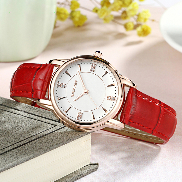Quality Red Leather Strapped Analogue Watch - Red