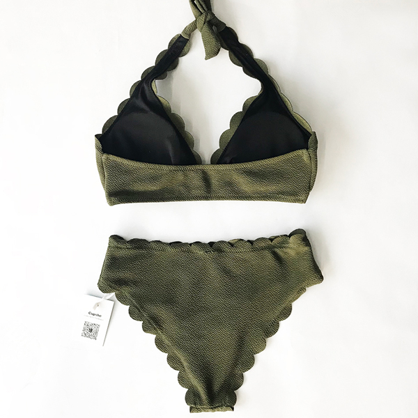 Two Pieces Wavy Halter Neck Swimwear Suit - Green