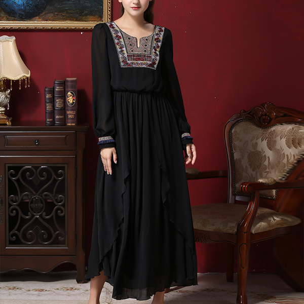 Long Sleeves Embroidery Muslim Maxi Dress