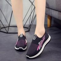 Non-slip Soft Bottom Breathable Mesh Canvas Shoes - Black