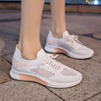 Lightweight Breathable Lace-up Women Sneakers - Pink