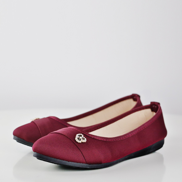 Floral Patch Canvas Flat Party Wear Shoes - Burgundy