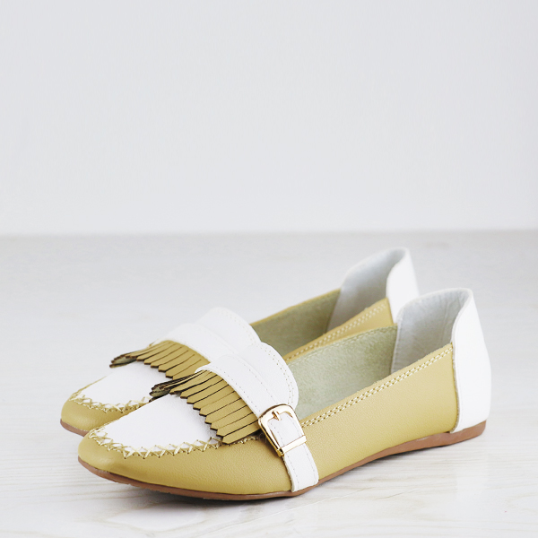 Buckle Style Dorbe Branded Contrast Flat Shoes - Green