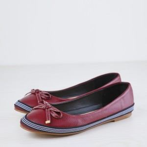 Bow Stitched Leather Branded Flat Shoes - Burgundy