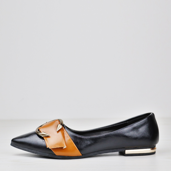 Pointed High Quality Contrast Solid Color Shoes - Black