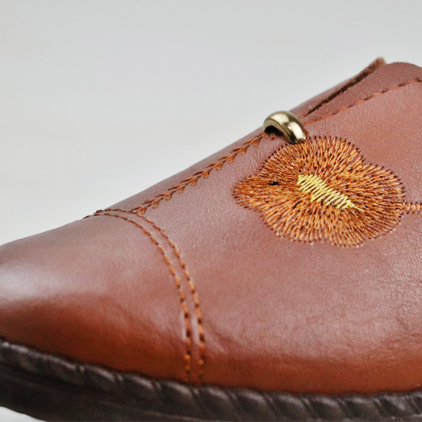 Thread Art Flat Synthetic Leather Formal Shoes - Brown