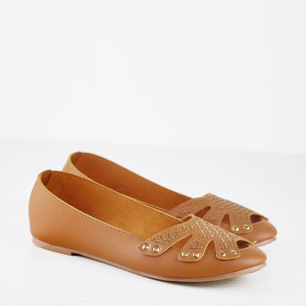 Rivets Decorated Hollow Dorbe Brand Flat Shoes - Brown
