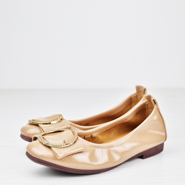 Flexible Glimmer Ring Patch Flat Shoes - Apricot