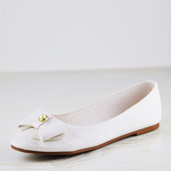 Flat Decorated Pearl Bow Dorbe Office Shoes - White