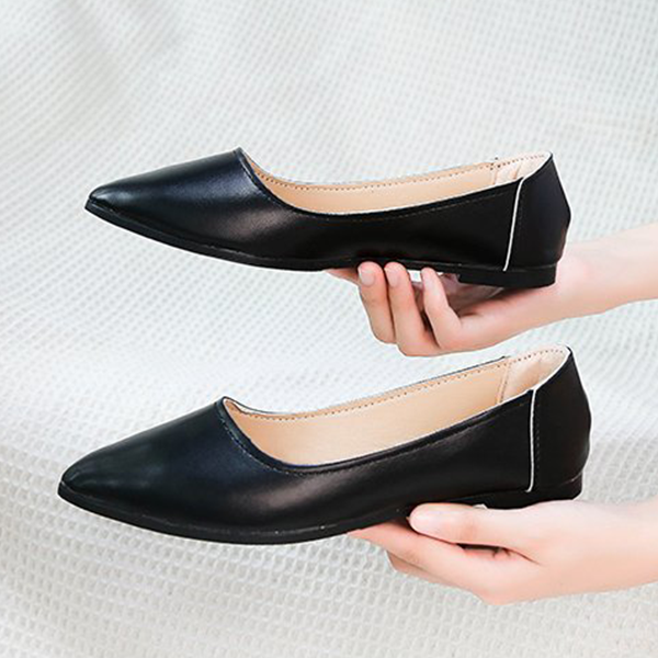 Shallow Mouth Flat Sole Formal Shiny Shoes - Black