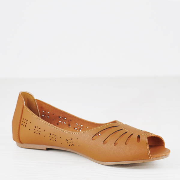 Fish Mouth Dorbe Branded Flat Shoes - Brown