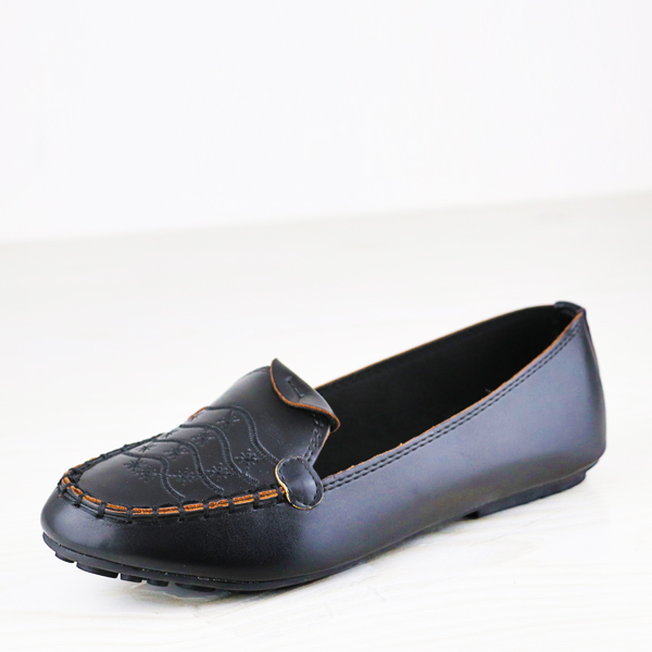 Stitched Embroidery Flat Dorbe Office Wear Shoes - Black