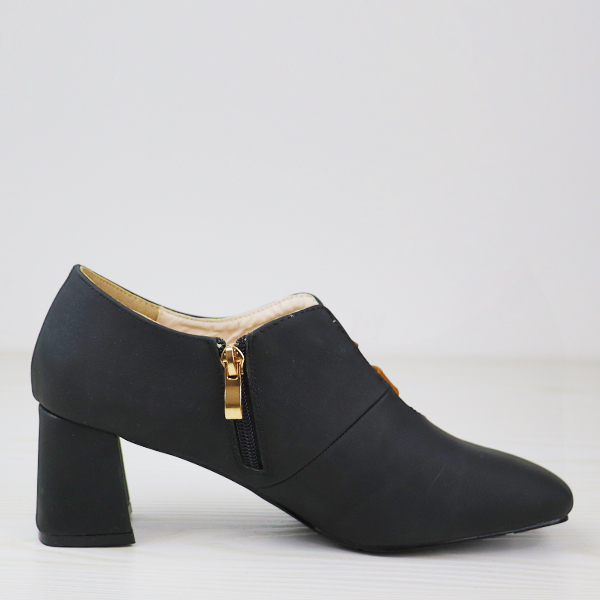 Double Buckle Belt Closure High Heel Shoes - Black