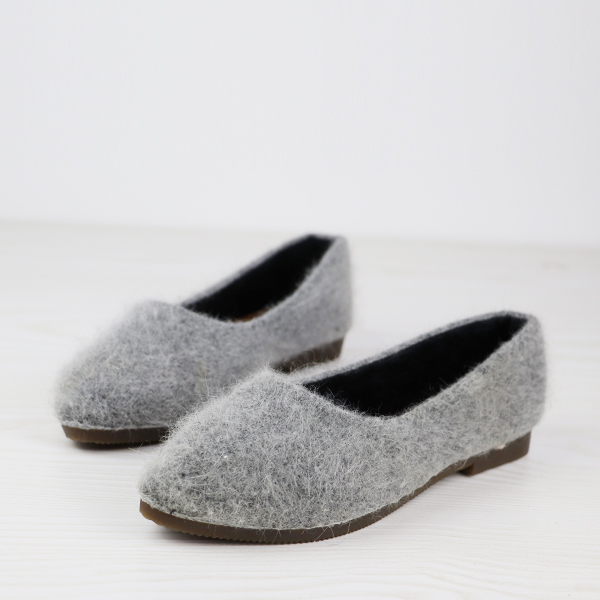 Furry Synthetic Hair Flat Wear Casual Shoes