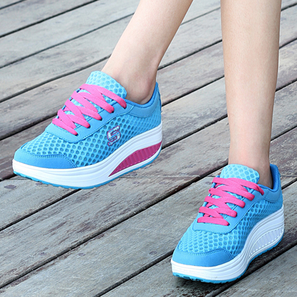 Summer Mesh Casual Breathable Shaking Shoes Blue
