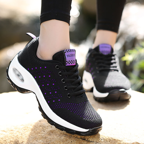 Two Color Shade Dots Contrast Sports Shoes - Black