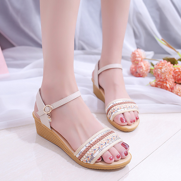White Fish Mouth Decorated Party Sandals