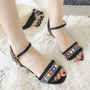 Toe Thick Heel Buckled Sandals - Black