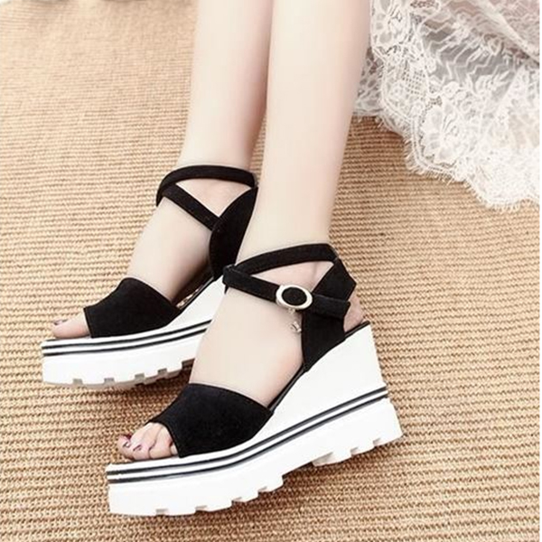 Thick Bottom Simple Strapped Black Sandals