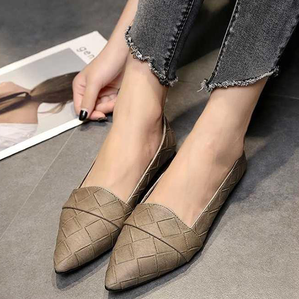 Patchwork Texture Pointed Flat Shoes - Khaki