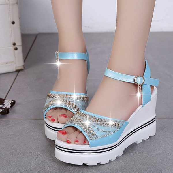 Diamond Decorated Thick Bottom Sky Blue Sandals