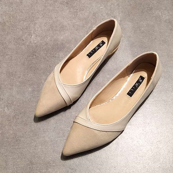 Flat Pointed Shallow Mouth Rubber Shoes - Beige