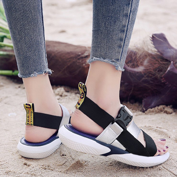 Soft Bottom Buckle Sports Casual Sandals - Silver