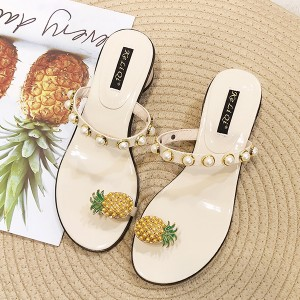 Pineapple Rivets Decorated Flat Party Sandals - White