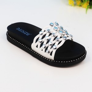 Rivets Soft Rubber Flats Summer Wear Female Sandals - White