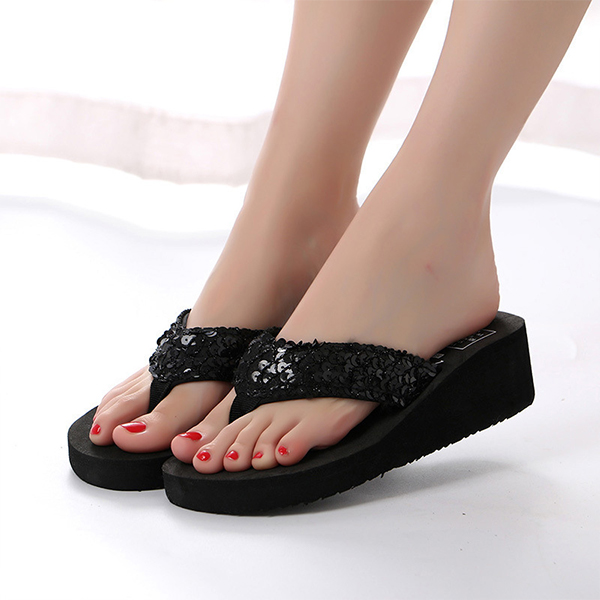 Sequins Patched Thick Bottom Party Flip Flops - Black