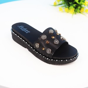 Bohemian Decorative Rubber Flat Sole Female Sandals - Black