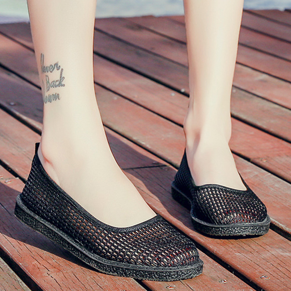 Shallow Mouth Solid Color Net Flat Shoes - Black