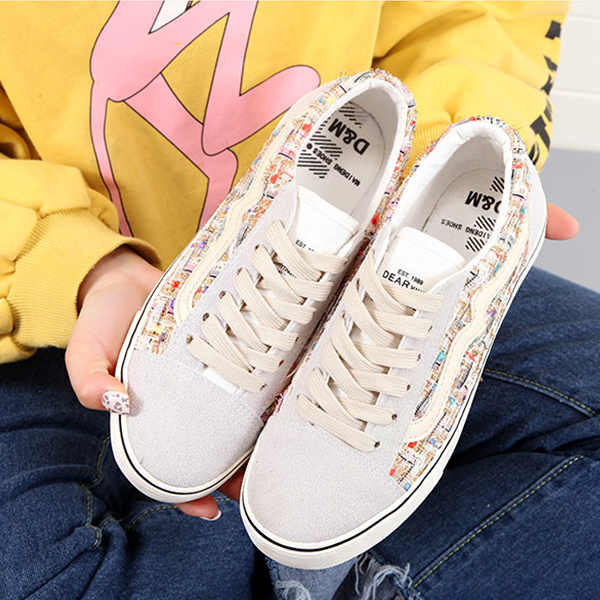 Lace-up Multicolor White Contrast Flat Sneakers