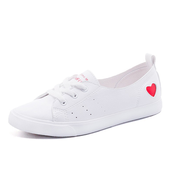 Flat Heart Engraved Casual Sneakers - Red