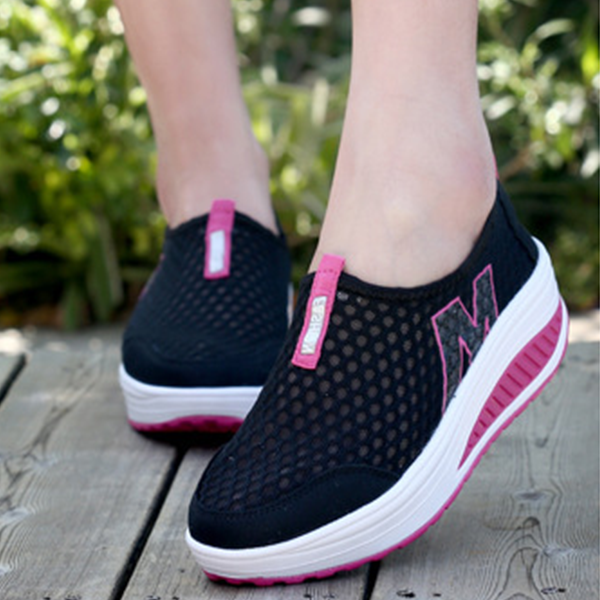 Heavy Bottomed Slip On Women Mesh Sport Shoes Black