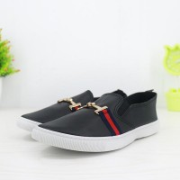 Synthetic Leather Flat Wear Women Fashion Shoes - Black