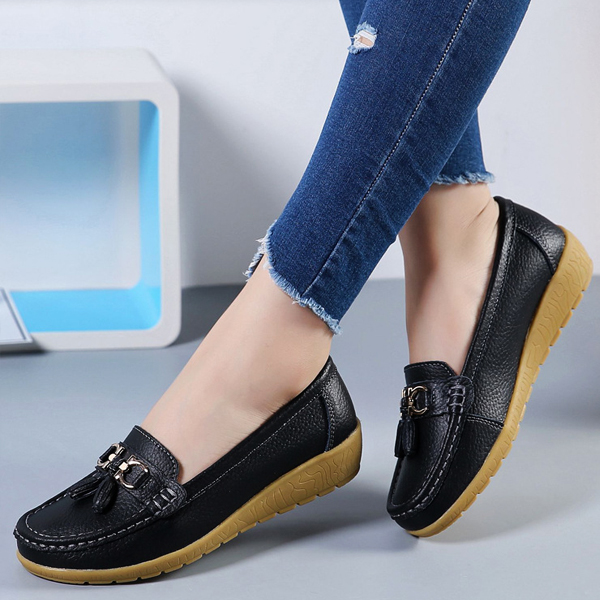 Tassel Hanging Hard Stitch Casual Shoes - Black
