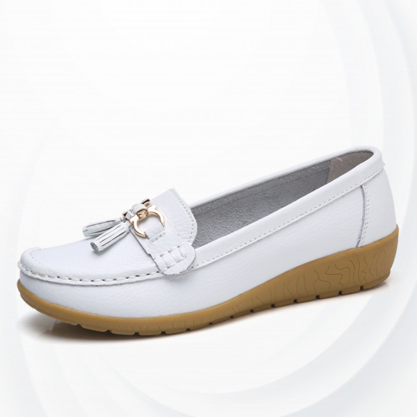 Tassel Hanging Hard Stitch Casual Shoes - White