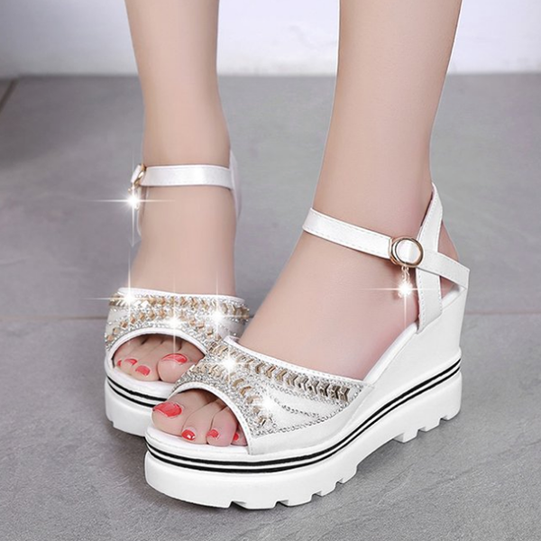 Diamond Decorated Thick Bottom White Sandals