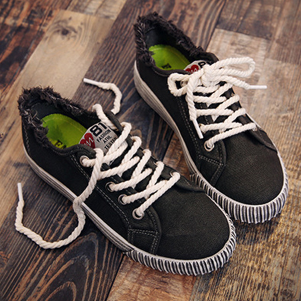Korean Fashion Canvas Ladies Wild Sneakers Black