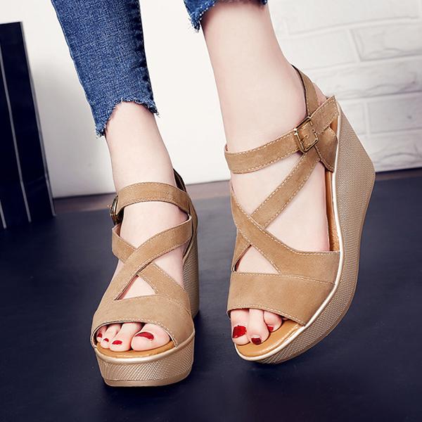 Heavy Bottom Strappy Khaki Buckle Sandals