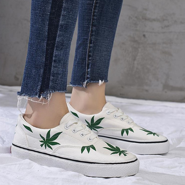 Leaves Printed Casual Canvas Sneakers - White