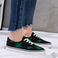 Leaves Printed Casual Canvas Sneakers - Black