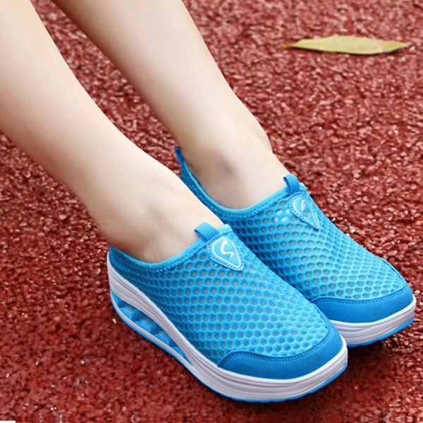 Ladies Breathable Shaking Net Rubber Shoes Blue