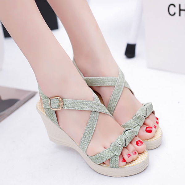 Green Canvas Strappy Thick Bottom Sandals